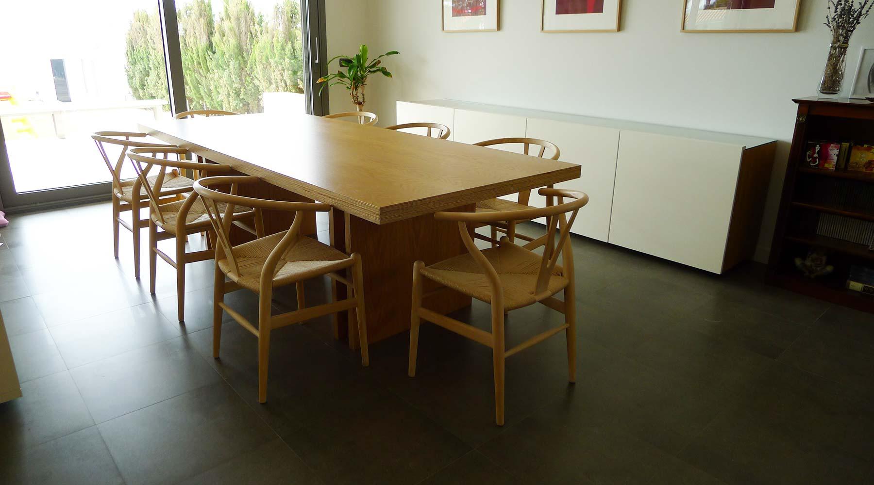 Salón de diseño a medida en casa particular
